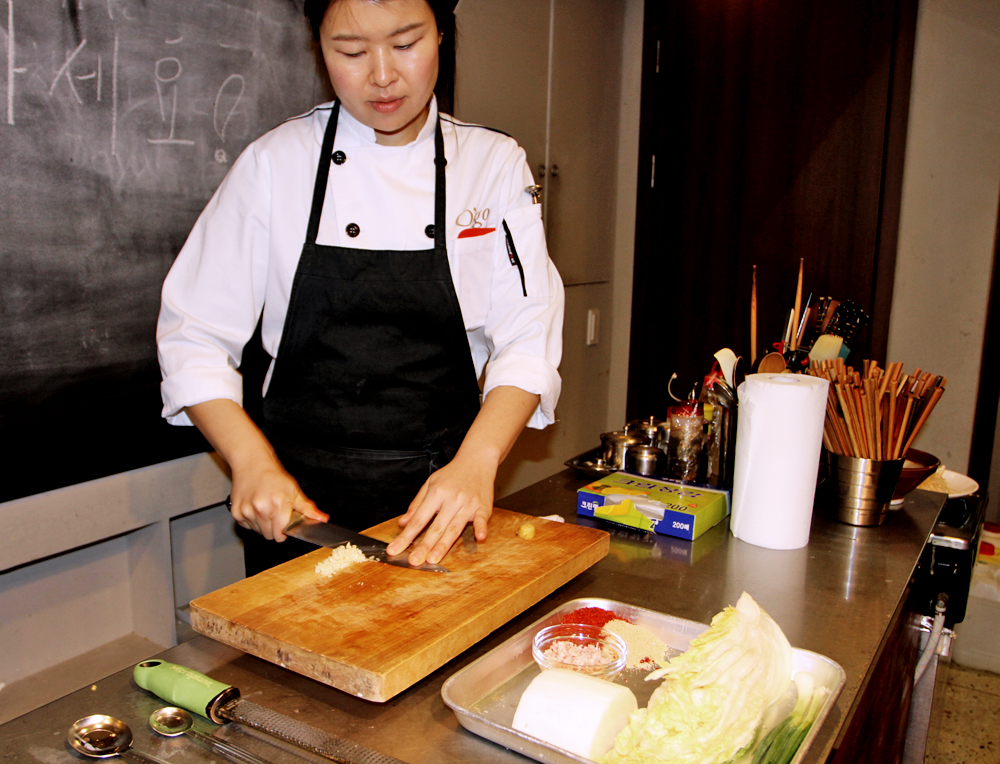 The lead chef Aejin was amazing!