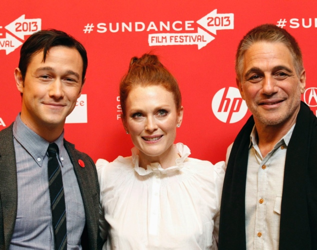Joseph Gordon-Levitt, Julianne Moore and Tony Danza