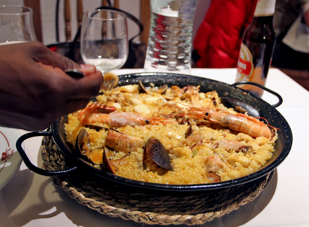 Delicious seafood paella, about to get destroyed