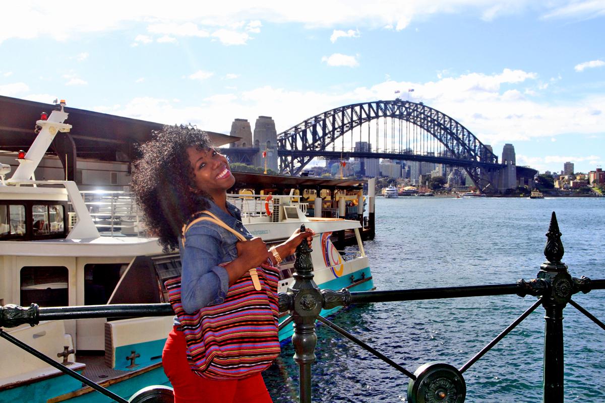 Lola and the Sydney bridge