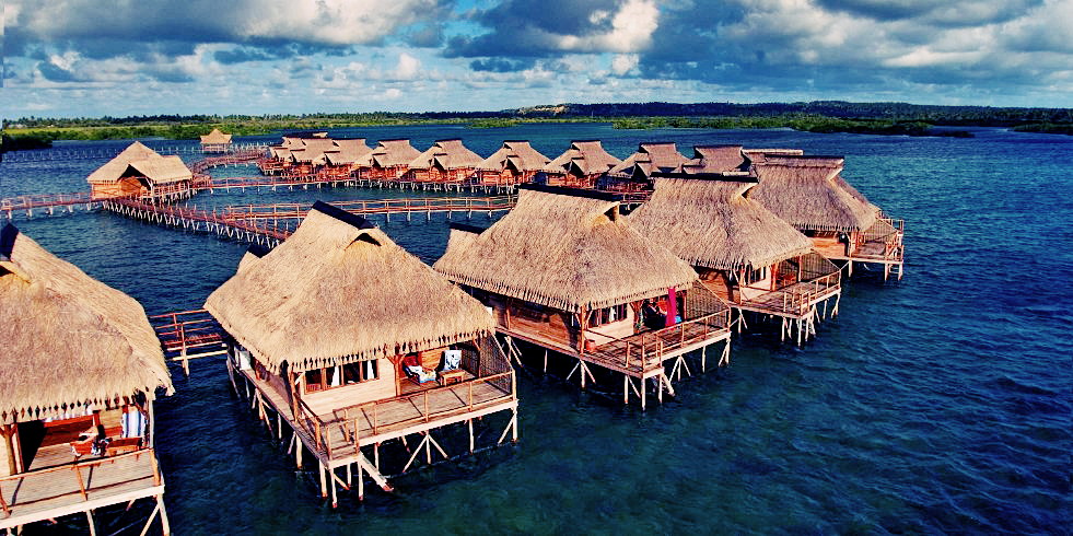 Flamingo Bay Lodge Bungalows