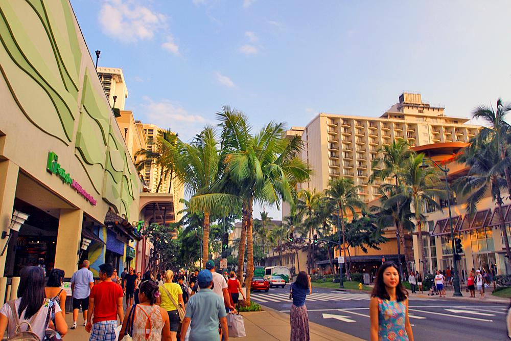 Stroll along Kalakaua Ave in Waikiki