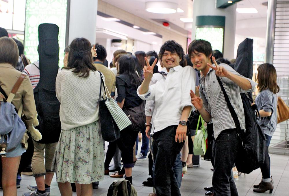 More friendly people at Shibuya :)